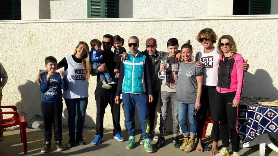 Il Team SUP Salivoli vincitore della gara di casa...